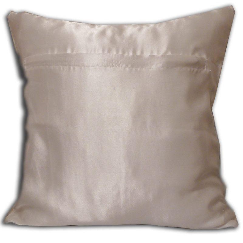 Подушка Золотая вышивка