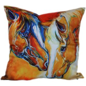 Декоративная подушка с лошадкой-5