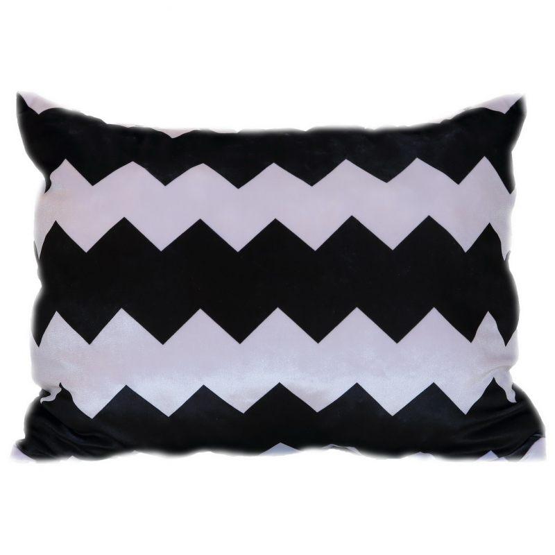 Бархатная подушка зигзаг черно-белый