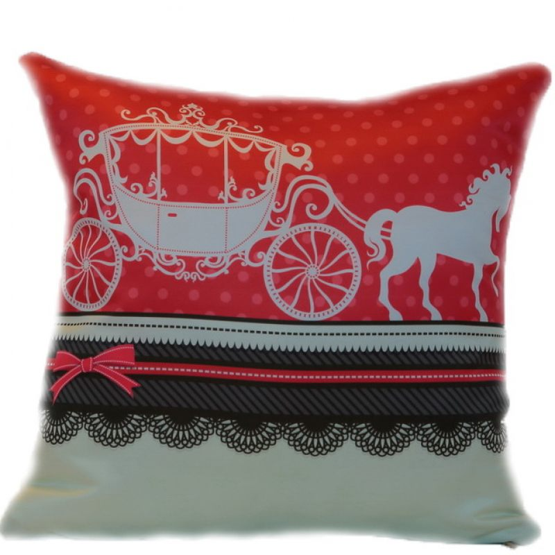 Подушка Карета с лошадкой