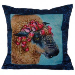 Декоративная подушка Овечка в бигудях
