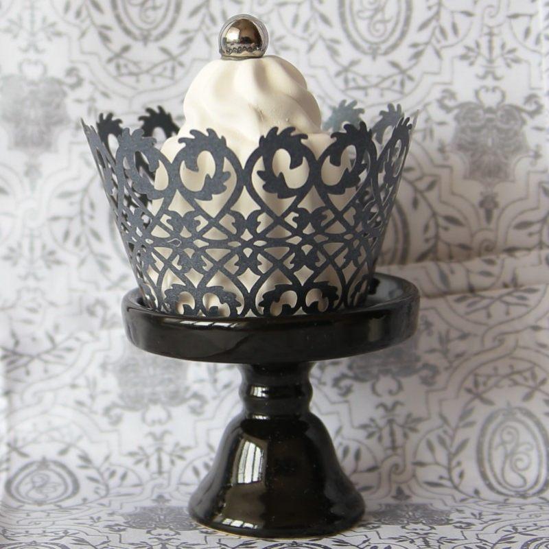 Кружевной стакан для капкейков в черном