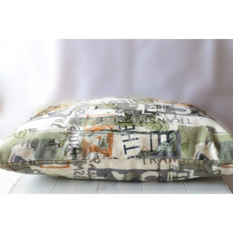 Подушка из шерсти Надписи