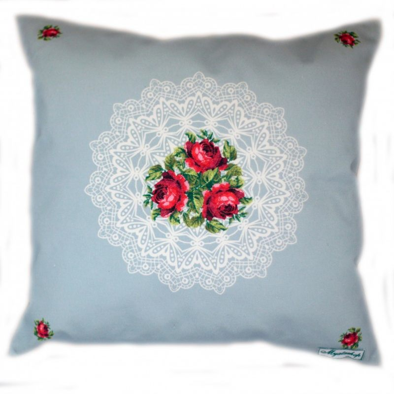 Декоративная подушка Дачная