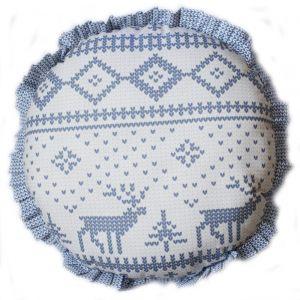 Круглая подушка с новогодним орнаментом