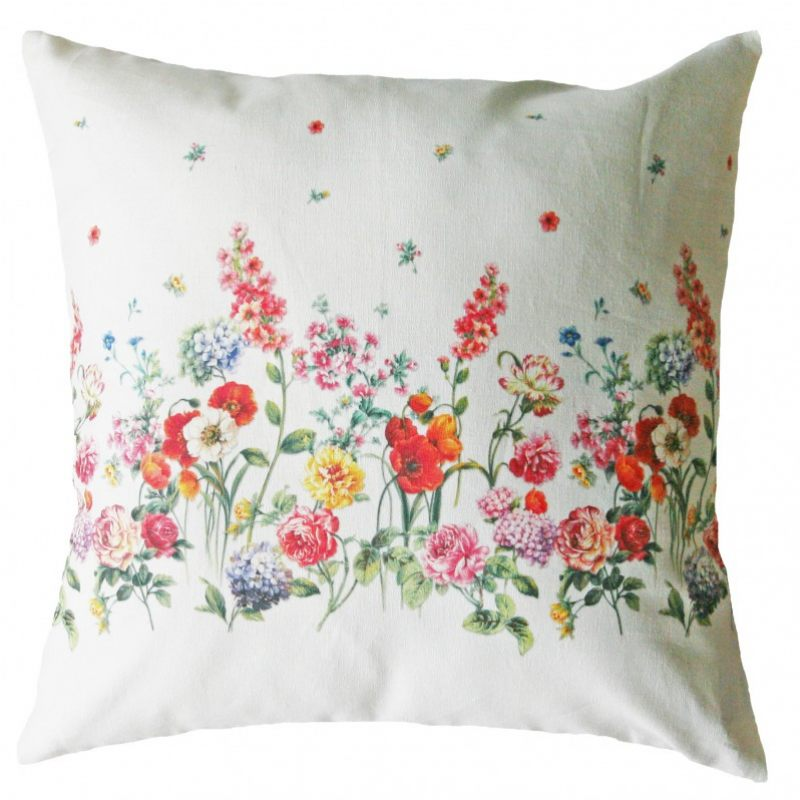 "Подушка ""Летние цветы"""