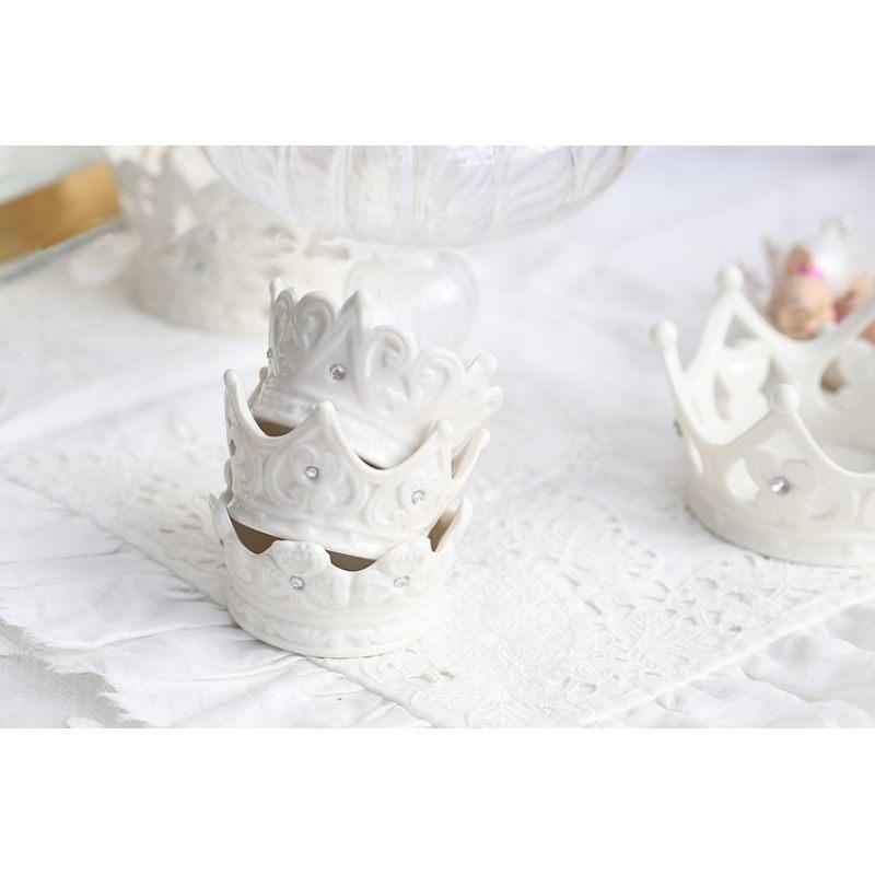 Керамическая корона к праздничному столу