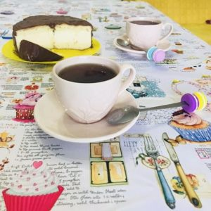 Скатерть праздничная Веселое чаепитие