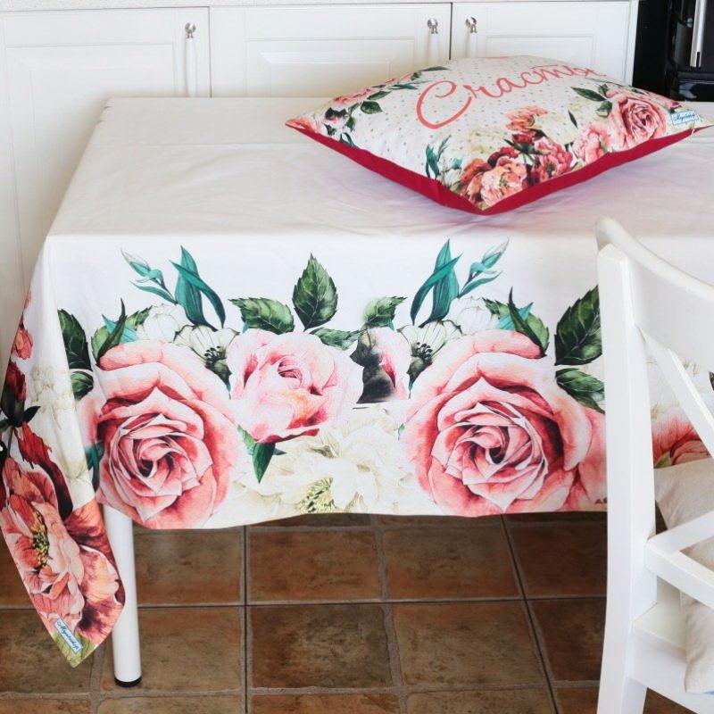 Скатерть дизайнерская Розы