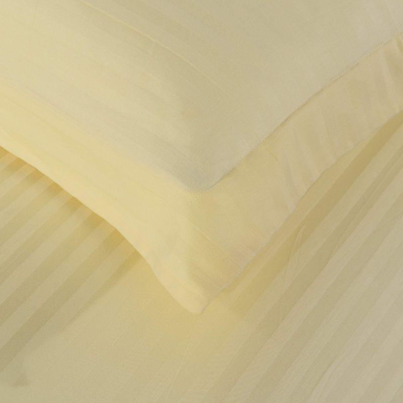 """Комплект постельного белья """"Данелия"""" Евро (страйп сатин)"""