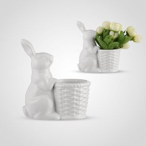 Кролик с кашпо