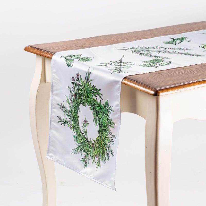 """Дорожка на стол """"Пряные травы"""""""