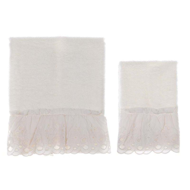 Комплект махровых полотенец с рюшами