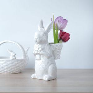 Керамический Кролик-милаш с корзинкой и цветами