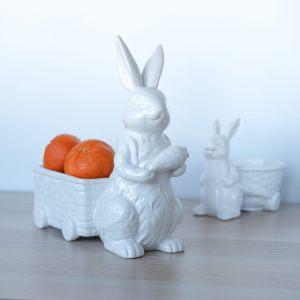 """Конфетница """"Кролик с тележкой и морковкой"""""""