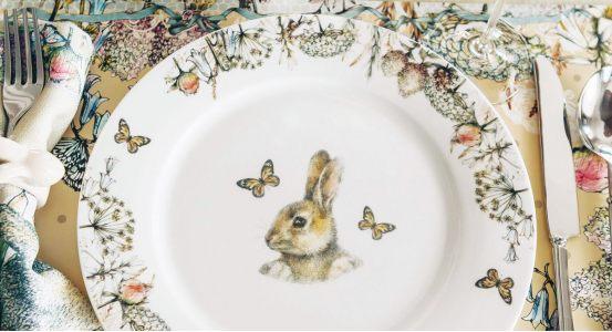 Кролик в цветах :)