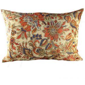 Бархатная подушка Цветы