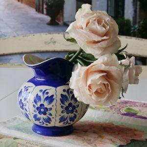 Керамический кувшин с ручной росписью Гжель
