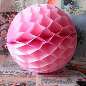 Бумажный розовый шар