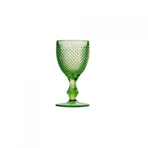 Красивый бокал зеленый