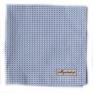 Голубое кухонное полотенце