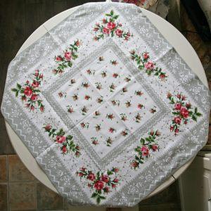 Скатерть-салфетка с розами