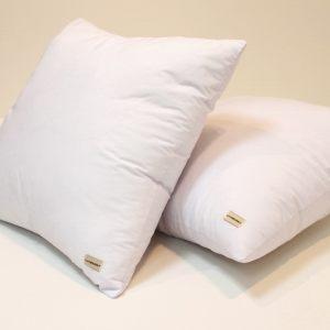 Белая подушка наполнитель